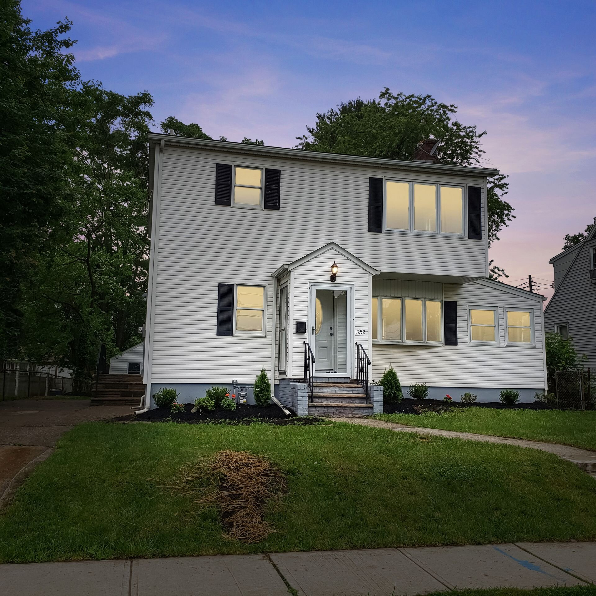 1252 Crescent Ave Roselle,NJ - List Price: $359,900Sold Price: $375,000#justlisted #justsold #hgtv