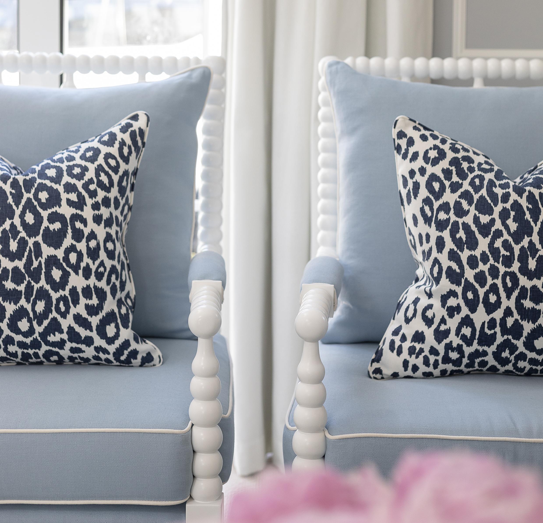 blue & white forever -
