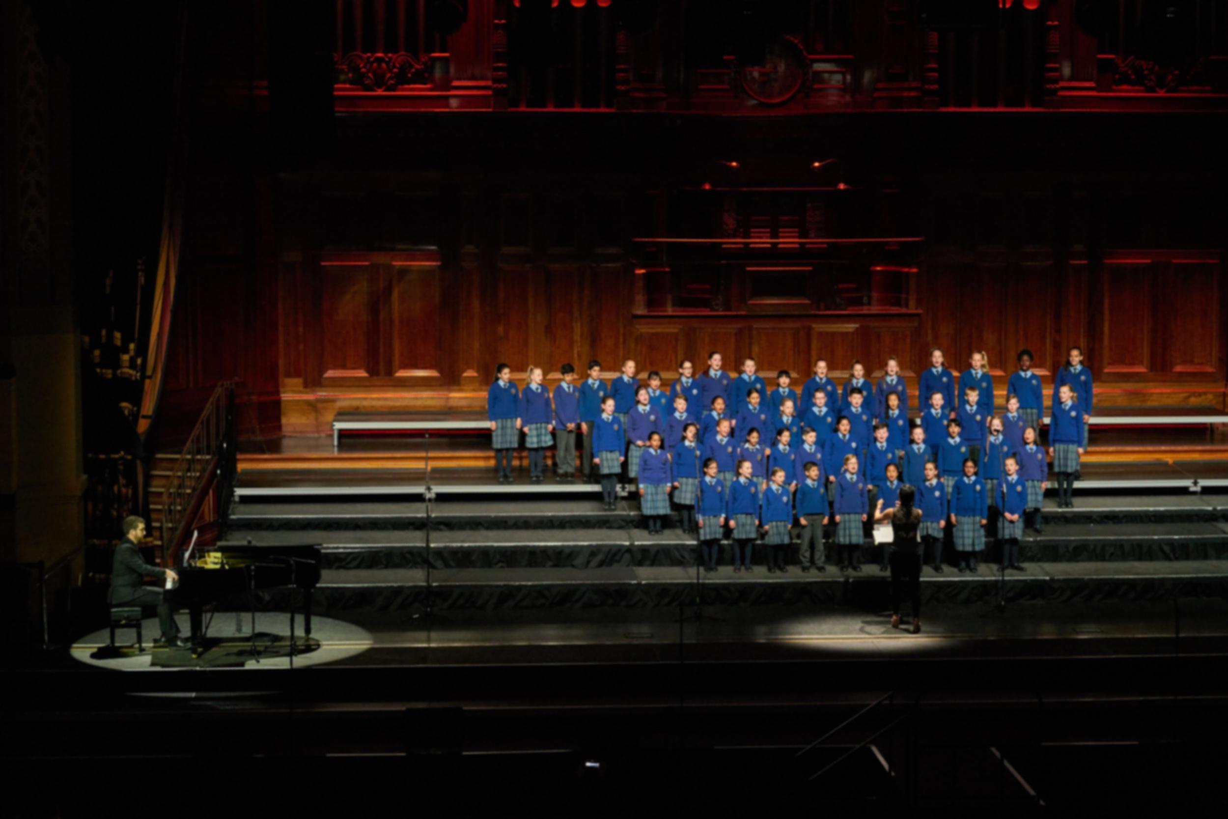Choir03.jpg