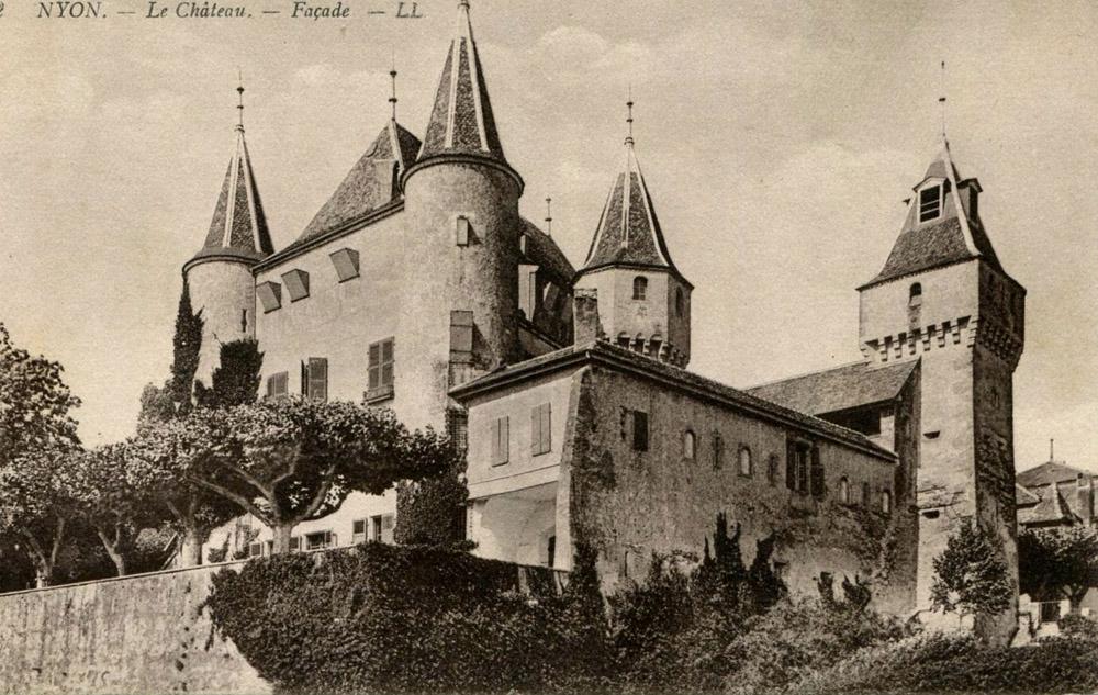 3-History-Castle-of-Lucens-Switzerland-Solstice-Luxury-Destination-Club-Exclusive-Worldwide-locations.jpg
