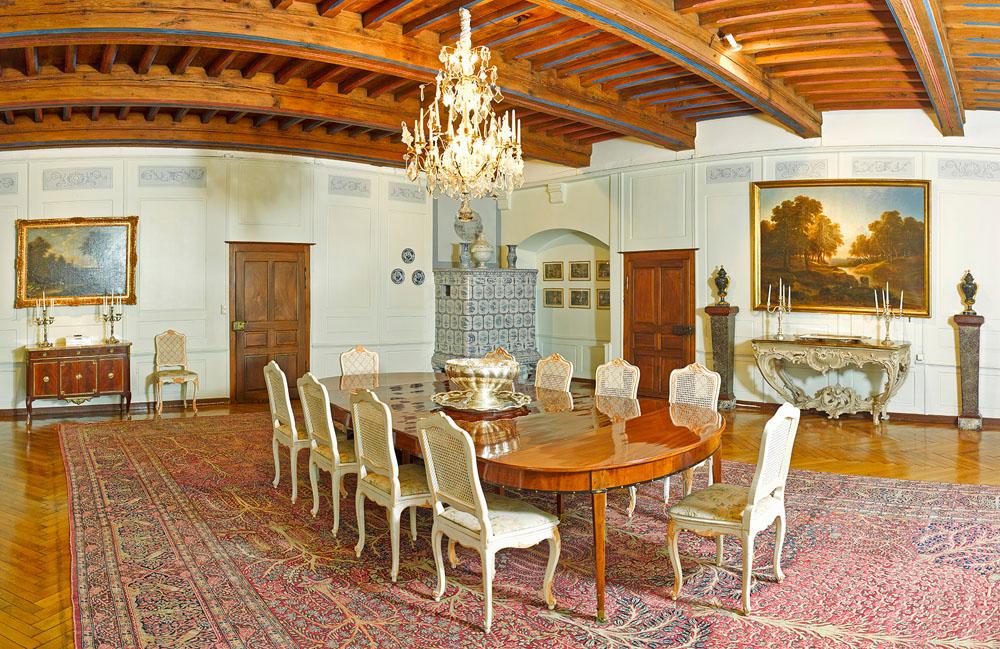 9-Exclusive-Castle-Le-Chateau-de-Lucens-Switzerland-Additional-member-property-Solstice-Luxury-Destination-Club.jpg