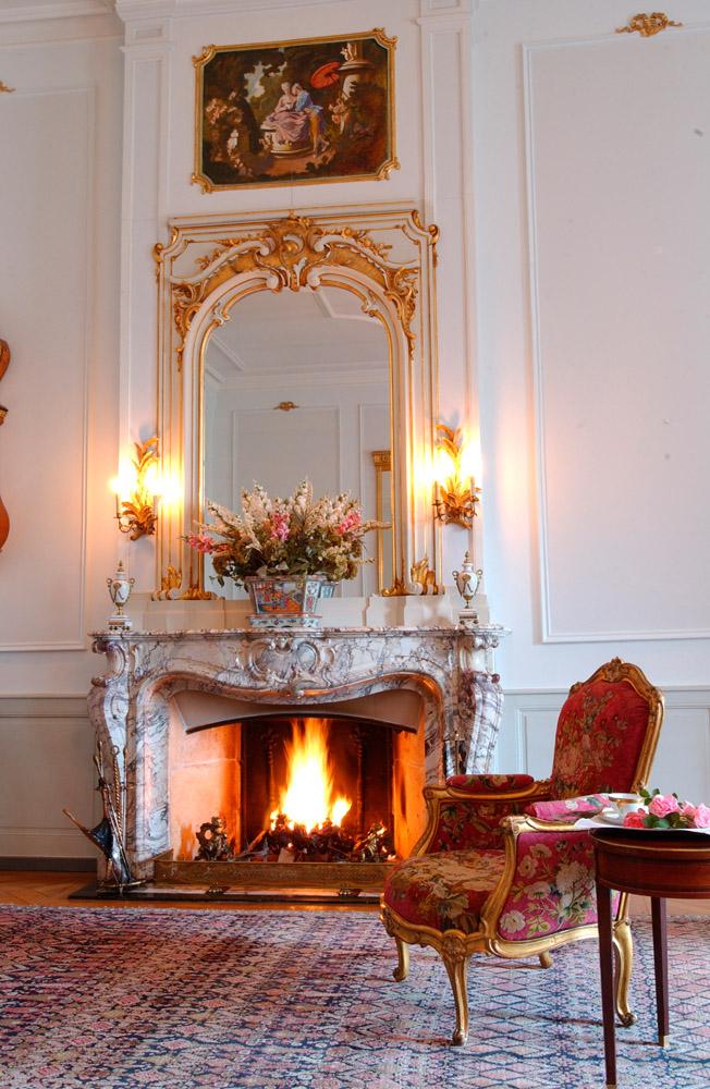 11-Exclusive-Castle-Le-Chateau-de-Lucens-Switzerland-Additional-member-property-Solstice-Luxury-Destination-Club.jpg
