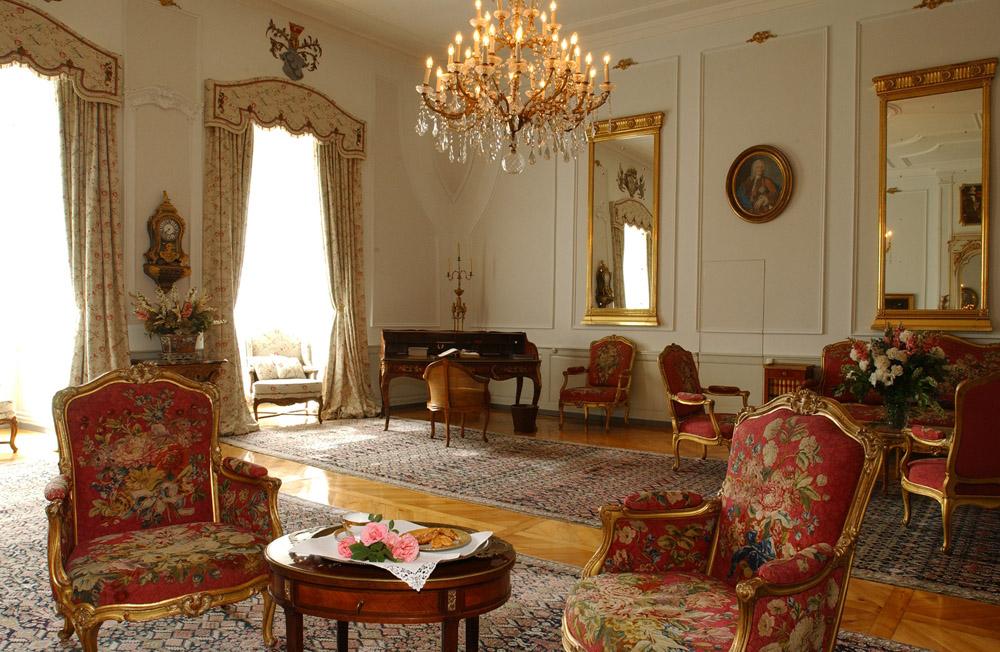 12-Exclusive-Castle-Le-Chateau-de-Lucens-Switzerland-Additional-member-property-Solstice-Luxury-Destination-Club.jpg