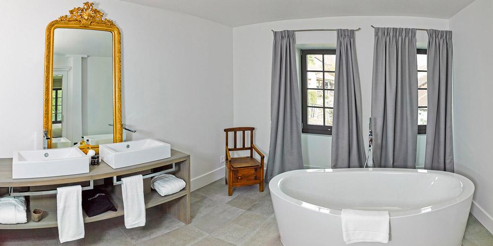 31-Exclusive-Castle-Le-Chateau-de-Lucens-Switzerland-Additional-member-property-Solstice-Luxury-Destination-Club.jpg