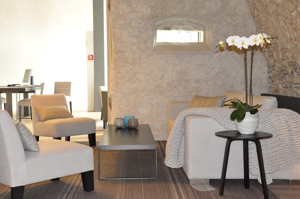 33-Exclusive-Castle-Le-Chateau-de-Lucens-Switzerland-Additional-member-property-Solstice-Luxury-Destination-Club.jpg