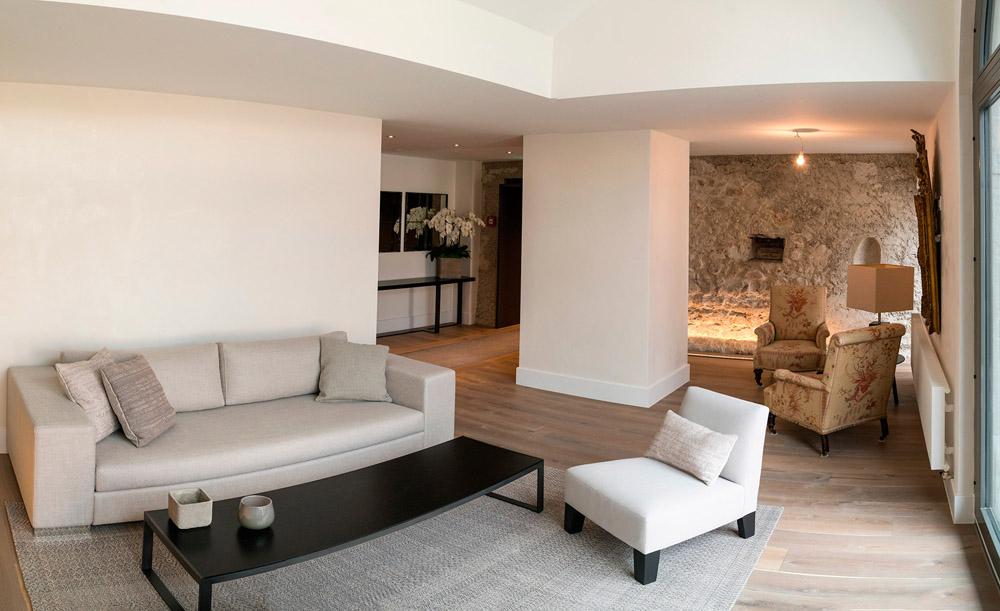 35-Exclusive-Castle-Le-Chateau-de-Lucens-Switzerland-Additional-member-property-Solstice-Luxury-Destination-Club.jpg