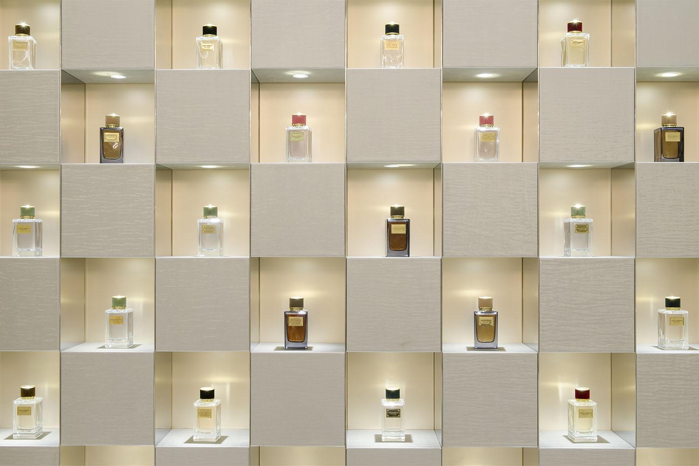 Mark_Pinney_Salon_de_Parfums_6.jpg