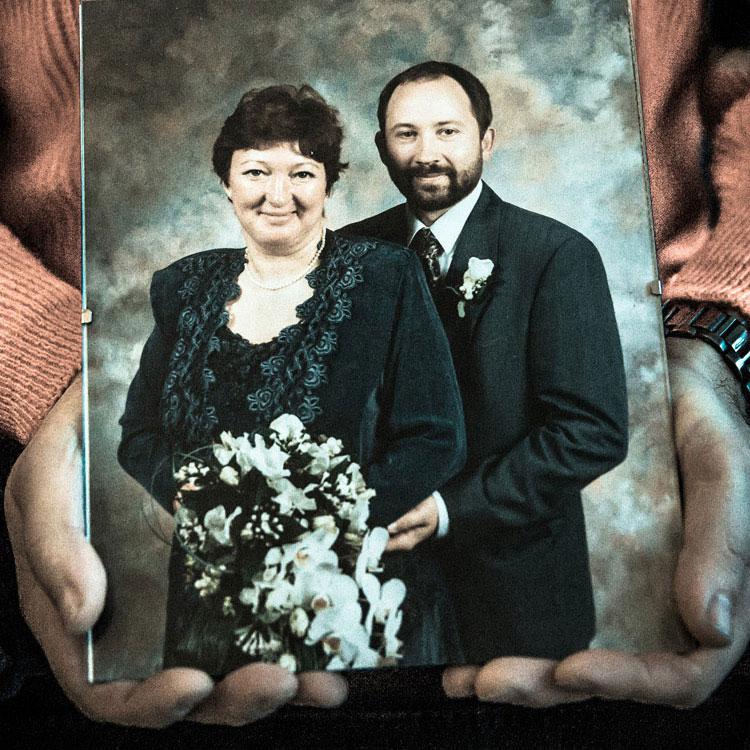 ONE DAY AT A TIME - Et år efter drabet på VIvi