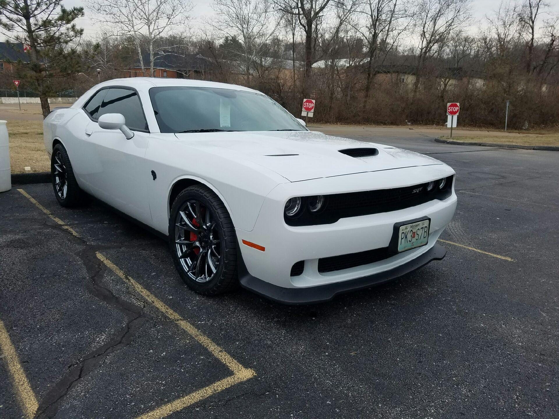 dodge-hellcat-sporting-the-white-and-black-ice-look_32930008411_o.jpg
