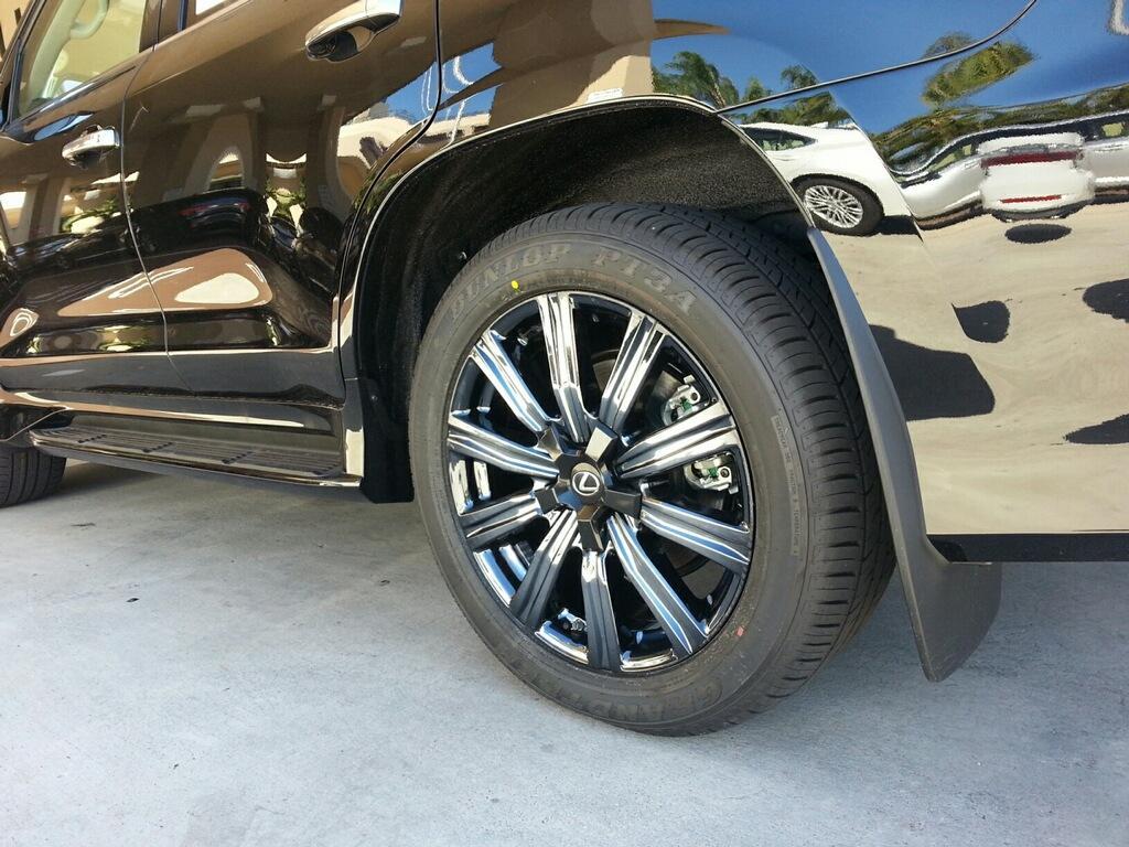 lexus-lx570-black-exterior-on-black-ice-pvd-wheels_32648567646_o.jpg