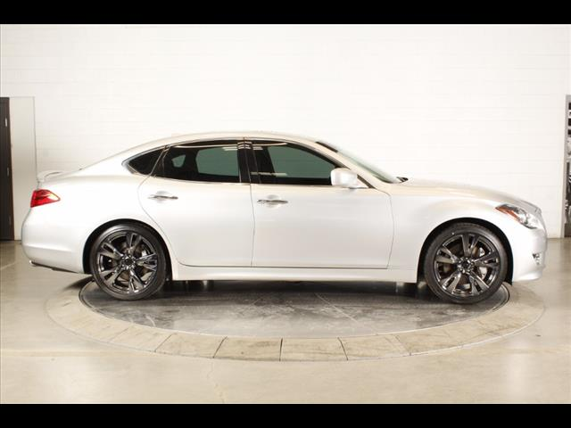 white-m37-on-black-ice-pvd-wheels_33204038932_o.jpg