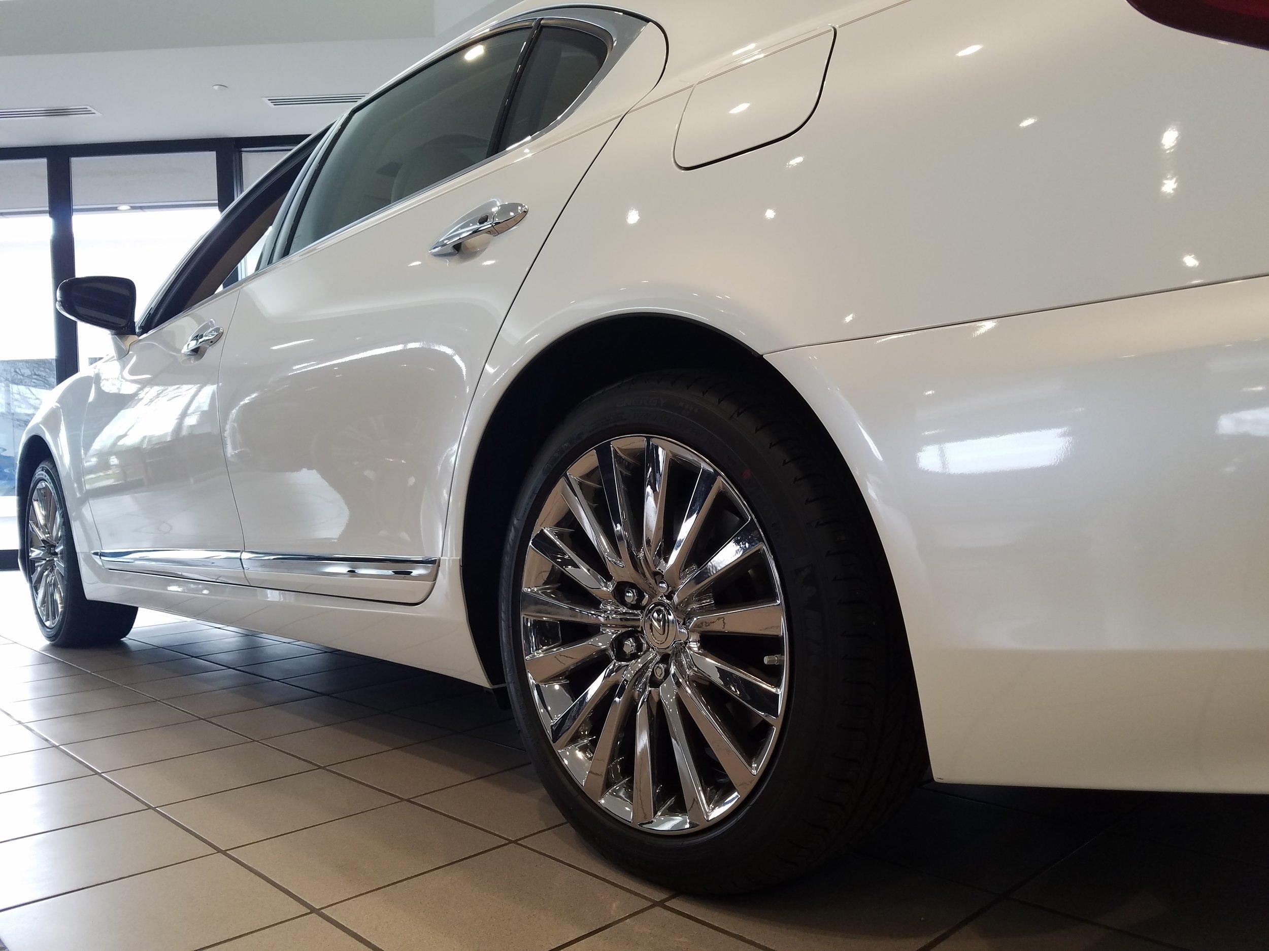 white-ls-460-bright-ice-wheels-3_25350334299_o.jpg