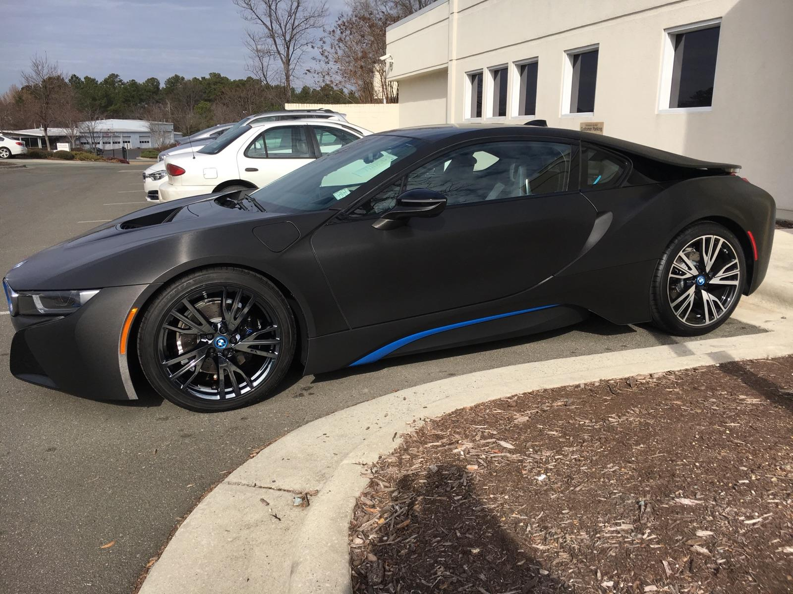 bmw-i8-showing-off-difference-between-oem-and-black-ice-pvd_31725216360_o.jpg