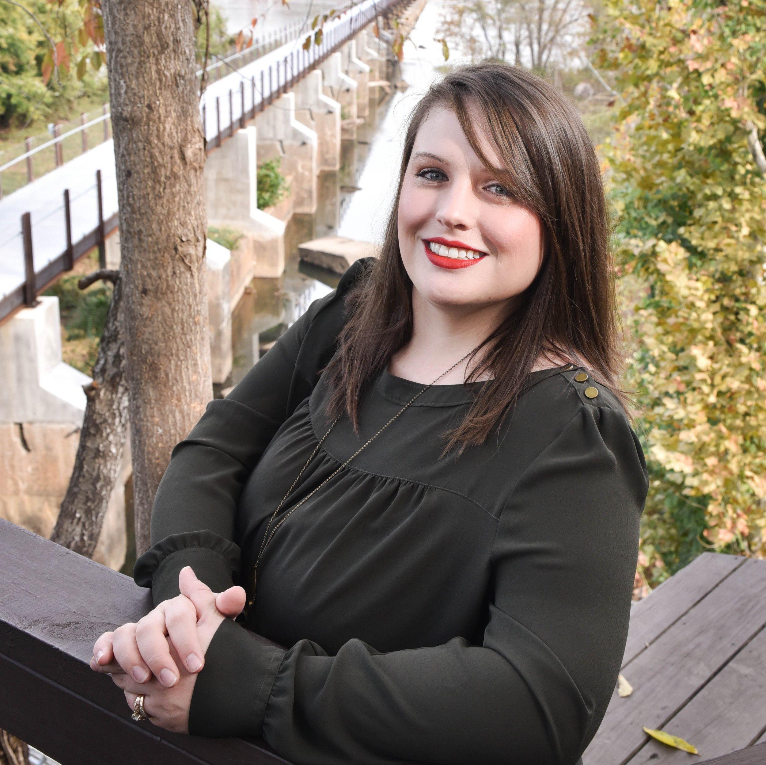 Elise Benoit - Birth/Postpartum Doulawebsite • doulamatch • fb