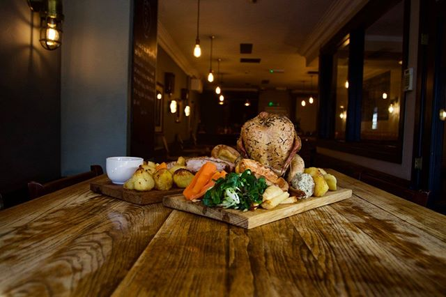 Storm Freya's blowing in, but we've got the answer- come shelter from the storm in Belgium and Blues' cosy basement bar.  We've made the best Underground Sunday Roast even better, with our selection of sharing roasts, perfect for friends and family. Add in the best beer selection in town and it really is the place to be for the ultimate #lazysunday.  We open at 12, with food served until 6pm. Call or message to book a table.  #barbecue #roast #sundayroast #brisket #southampton #southamptonfood #barkandbrisket #belgiumandblues