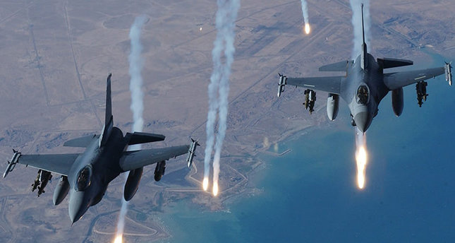 Turkey fighter jet deploying air strikes on PKK in northern Iraq. Note: This photograph is not from the airstrikes of April 25th, 2017, but from previous strikes from the ongoing conflict between Turkey and the PKK.