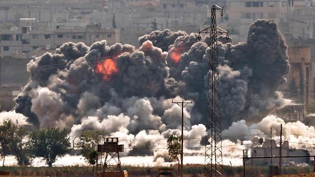 US airstrike against Islamic State targets in Kobani (Archive photo: AP)