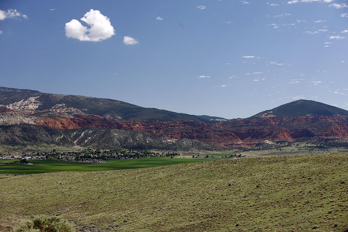 Boulder-Mountain_scene.jpg