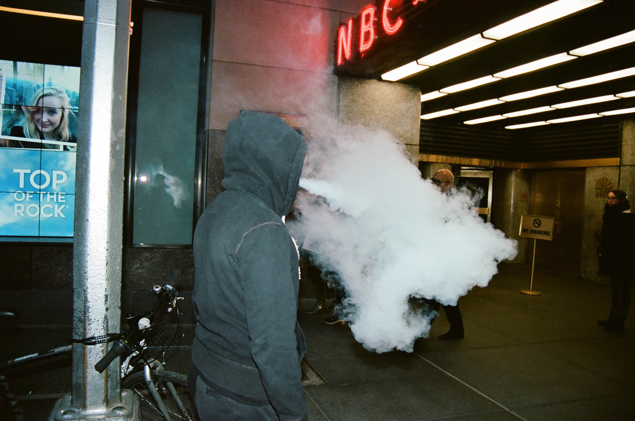 new-york-city-street-photographer-Steven-Davis-4
