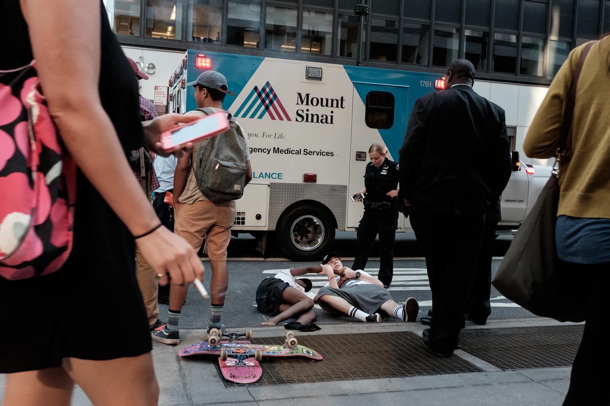 new-york-city-street-photographer-Youngjae-Lim-3