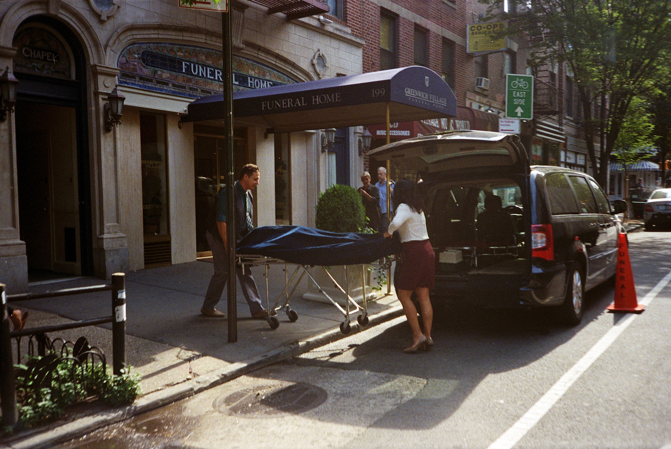 Copy of new-york-city-street-photography-cat-byrnes-5