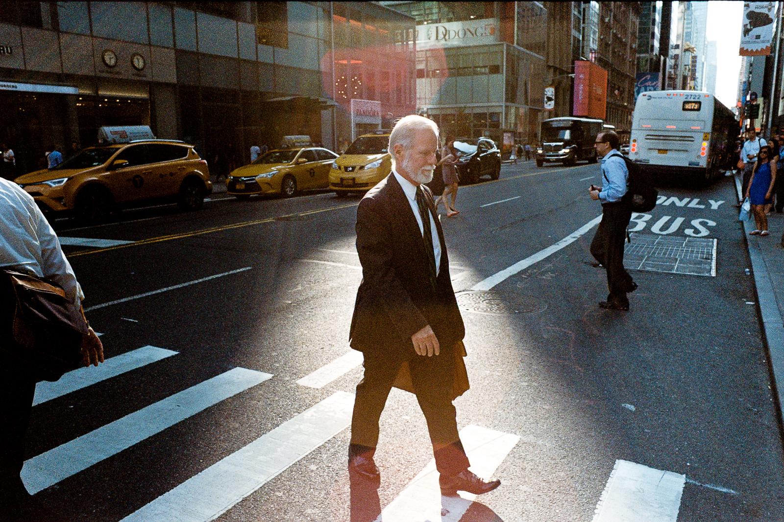 new-york-city-street-photography-jorge-garcia-6