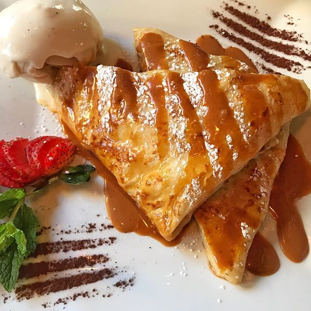 Heaven in your mouth #crepelife #orangecaramelcrepe #womanownedbusiness #datenight #datethiscity #dateideas #chelseagalleries #highlinenyc #vintagenyc #frenchfood #france