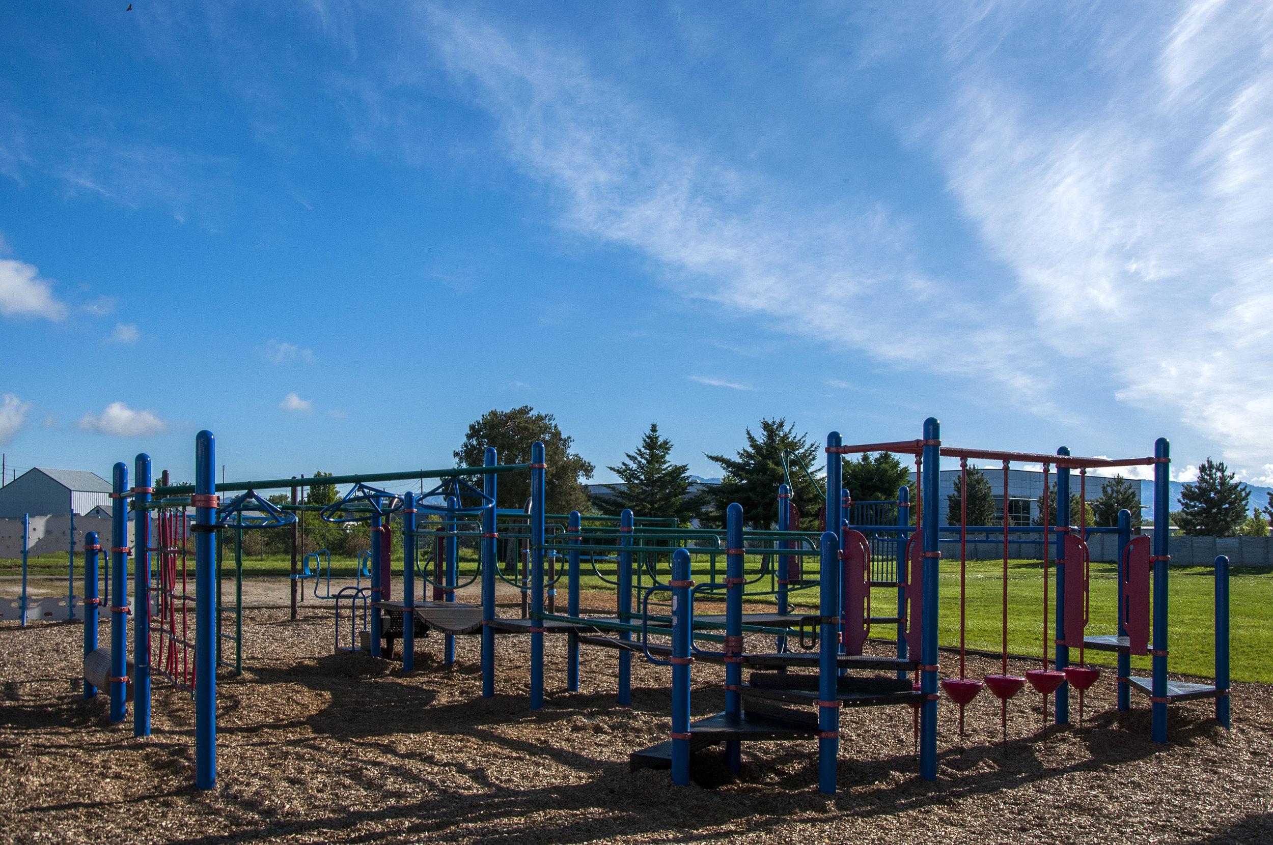 Maple Grove Elementary 170515_0497.jpg