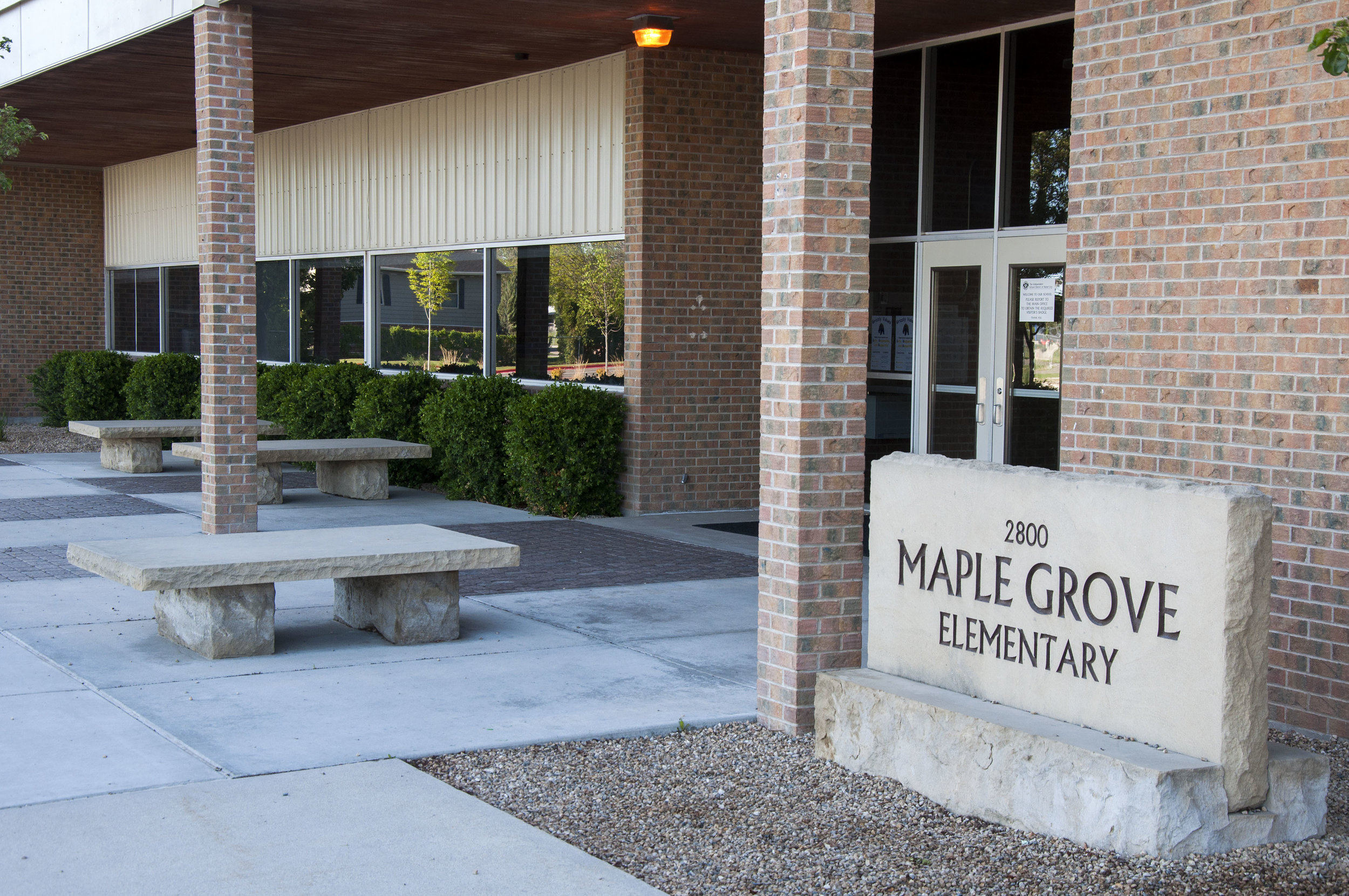 Maple Grove Elementary 170515_0507.jpg