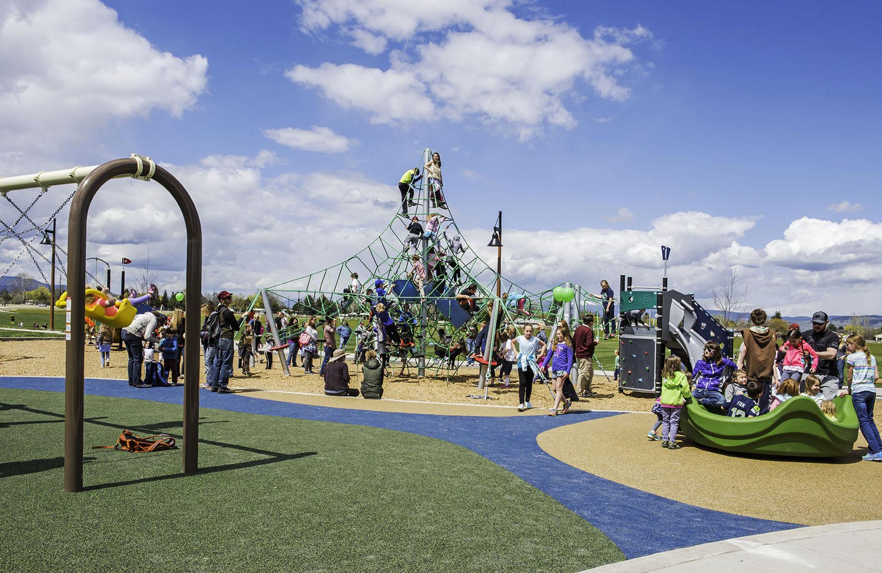 Playground_3232.jpg
