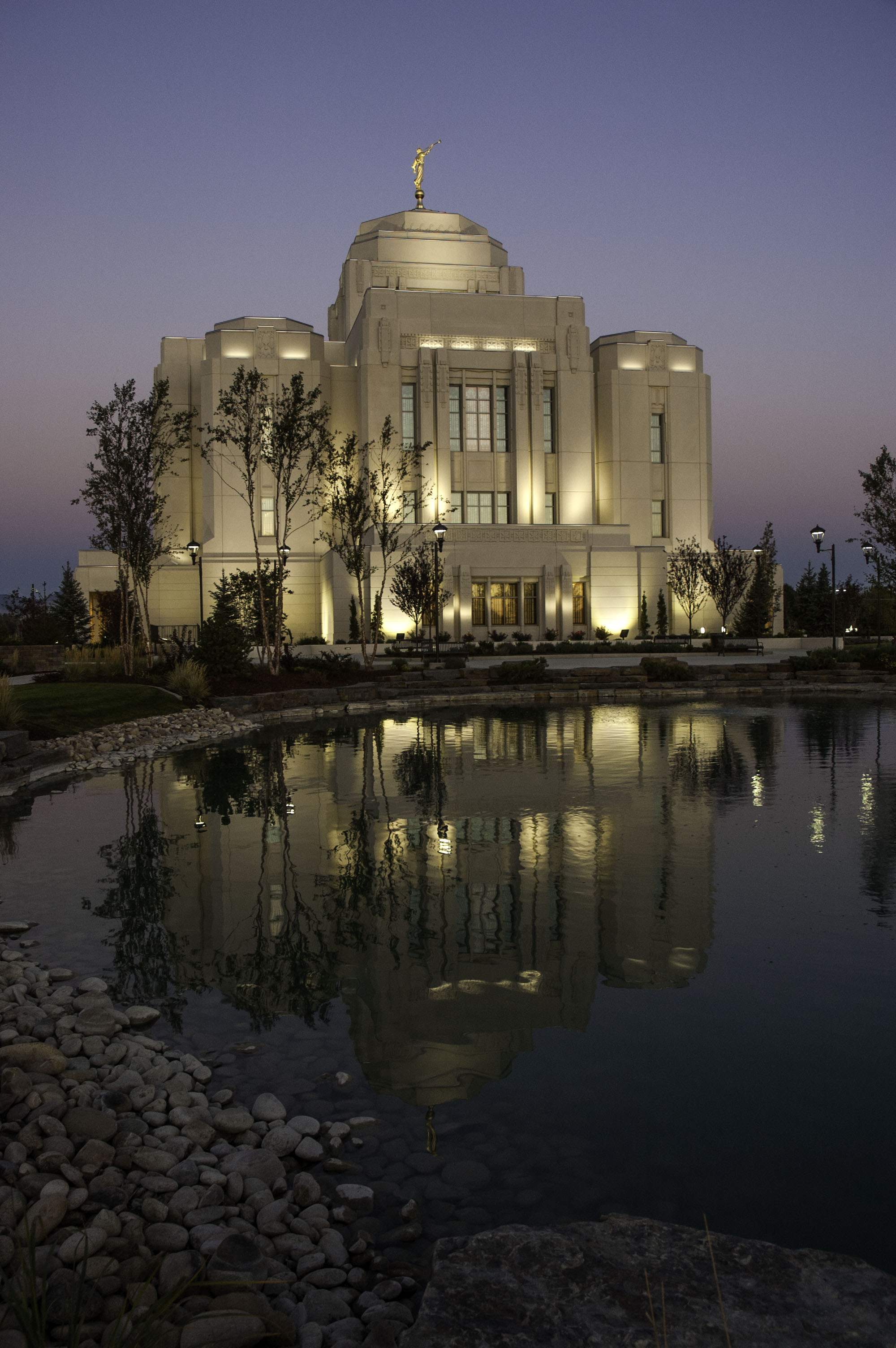 LDS Temple 170930_0068.jpg