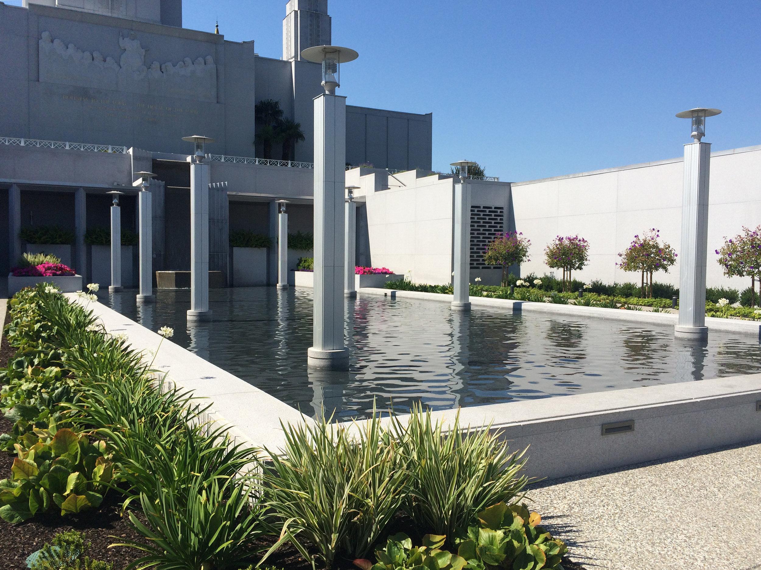 Oakland LDS Temple