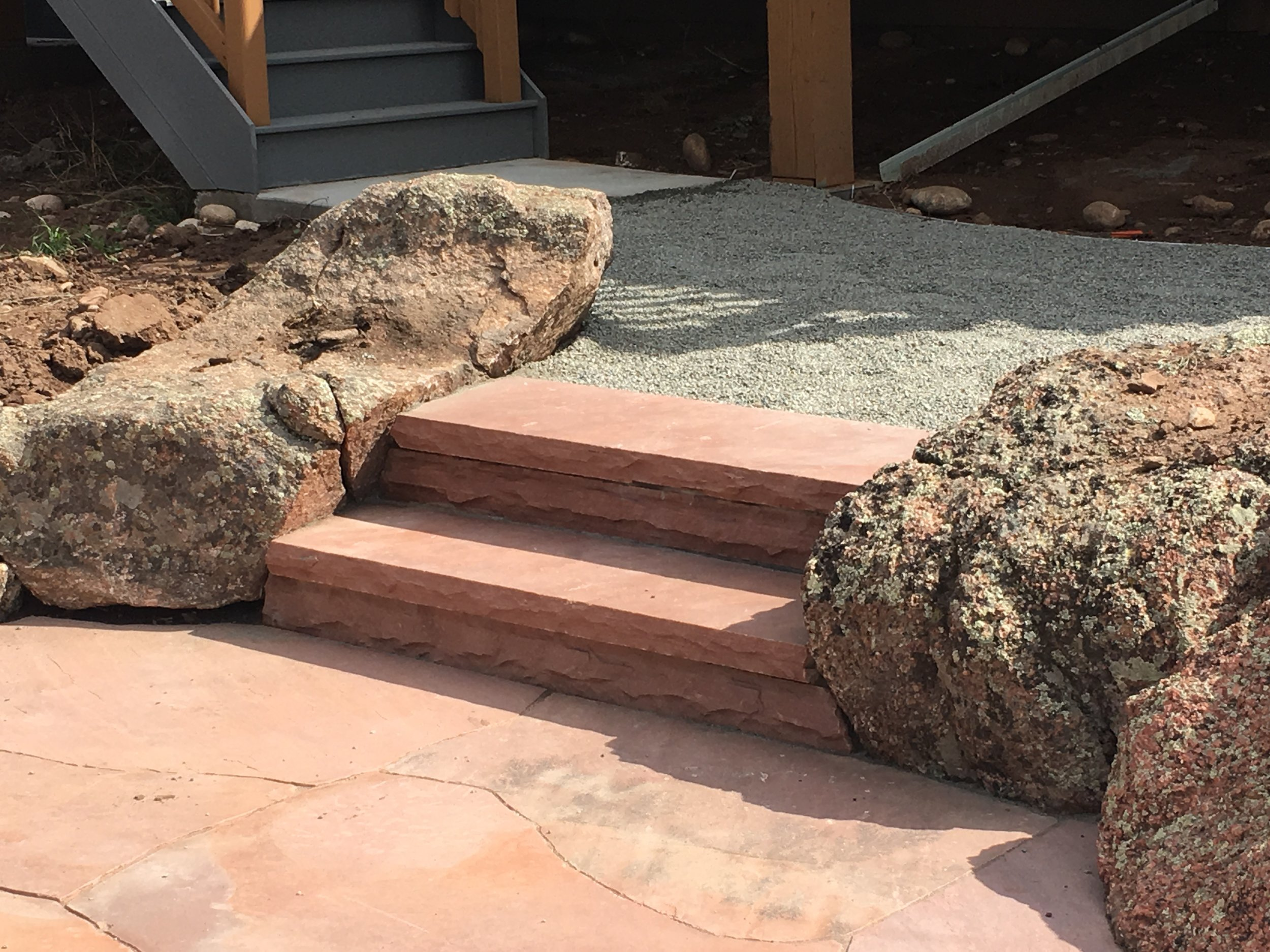 landscape stairs | flagstone boulder