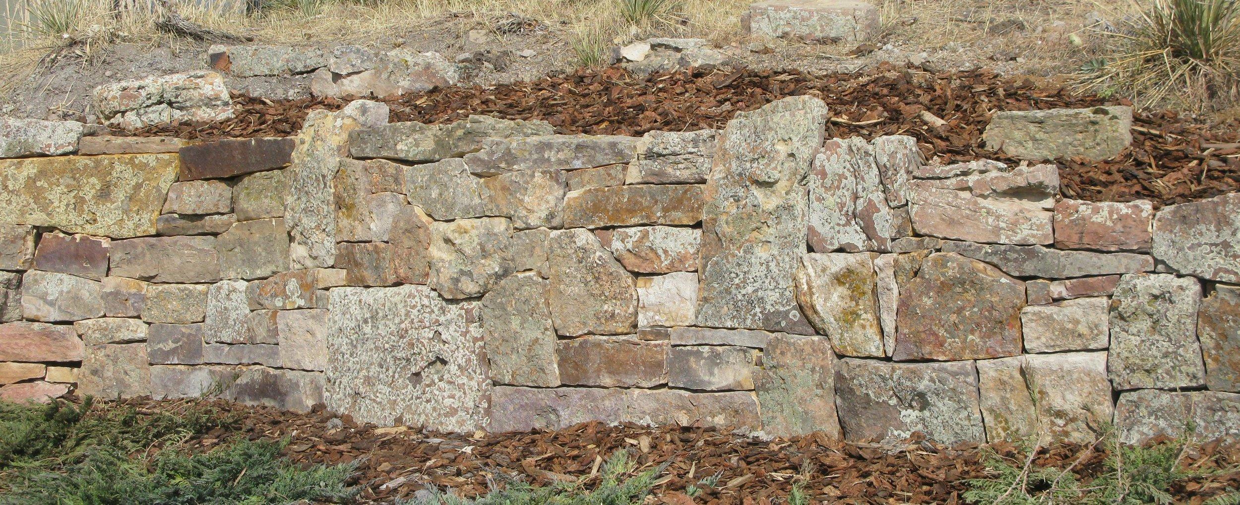 landscape retaining wall | flagstone longmont