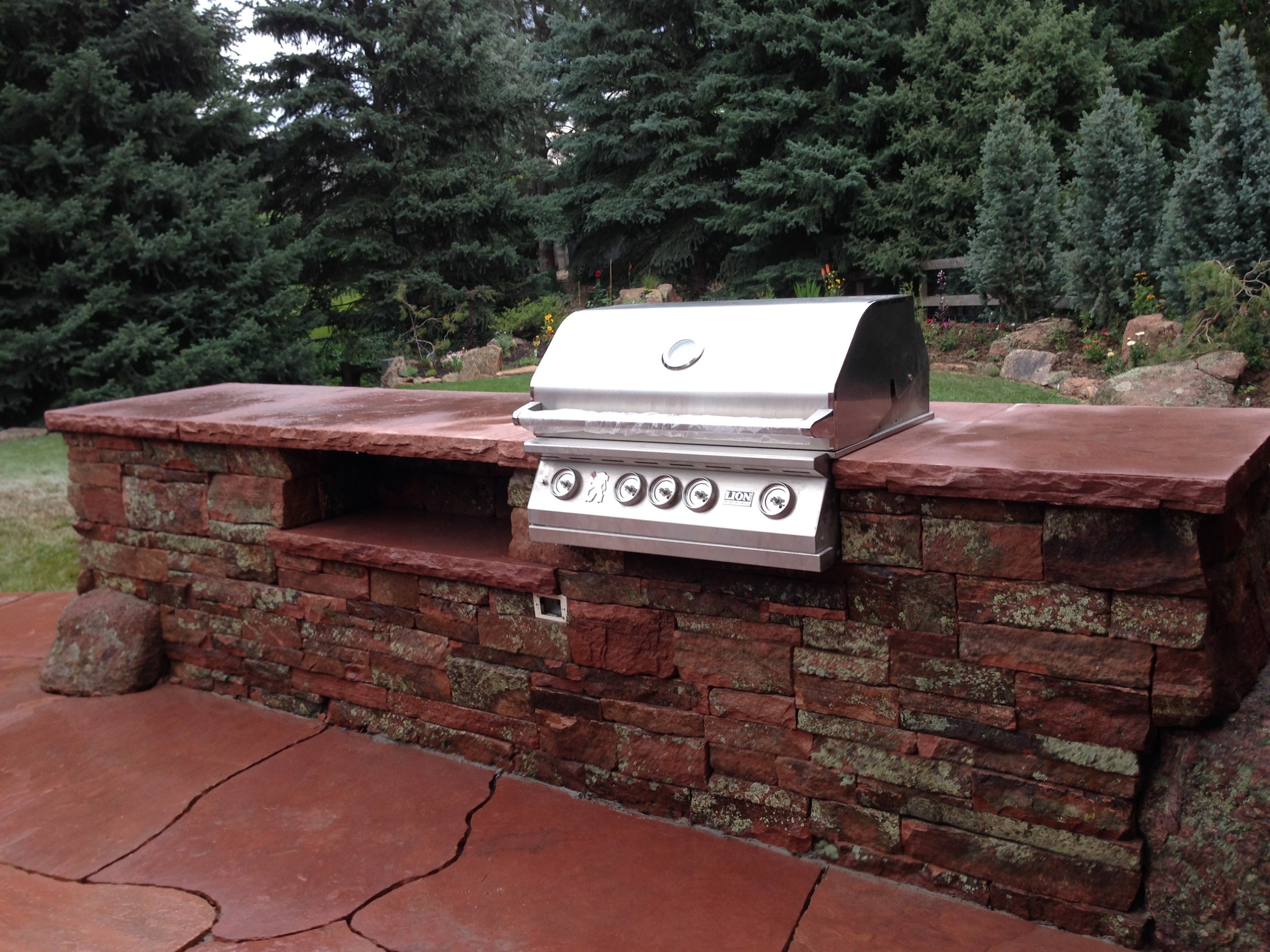 outdoor grill | stone backyard grill