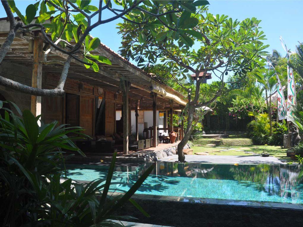 13.pool-garden-1020x765.jpg