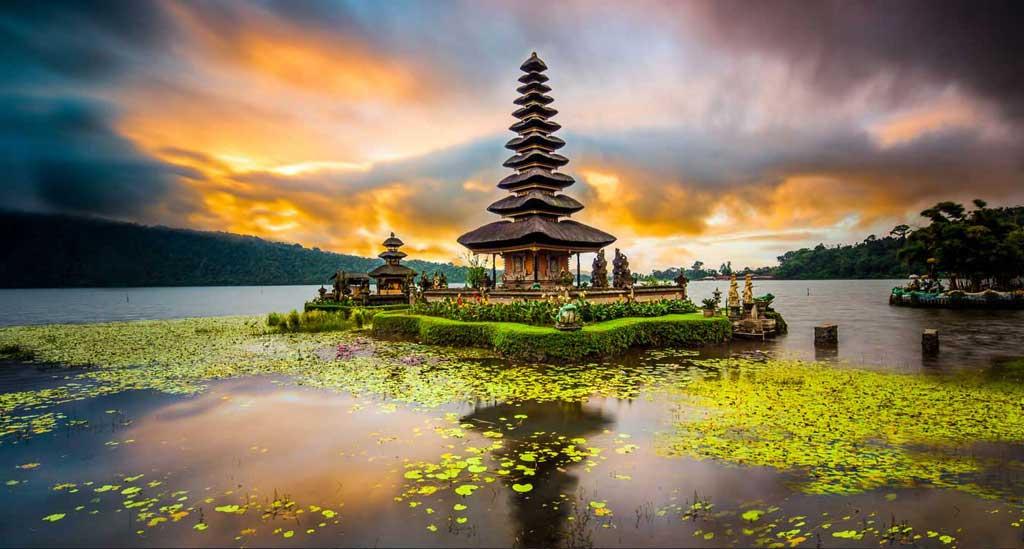 2017-school-yoga-institute-yoga-teacher-training-surf-kura-kura-bali-indonesia-005.jpg