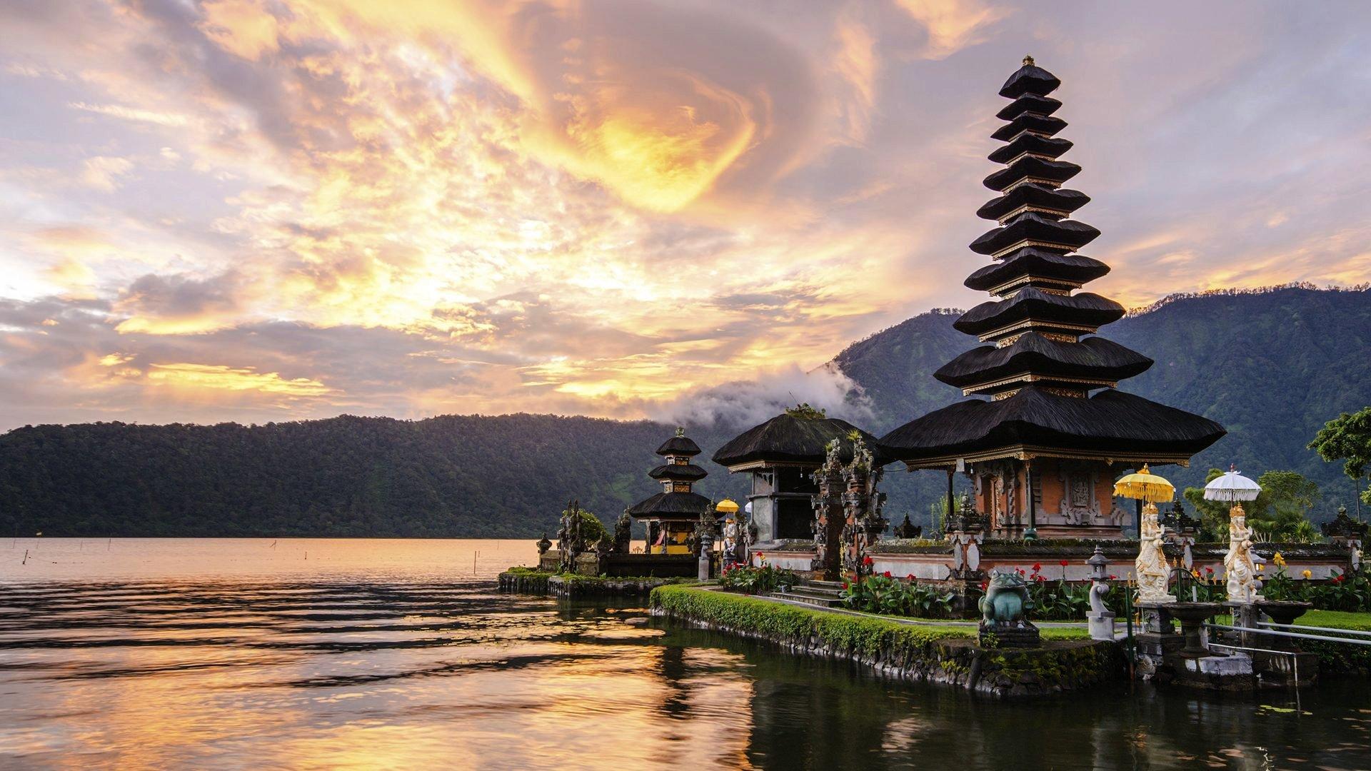 0-INTRO_Bali.jpg