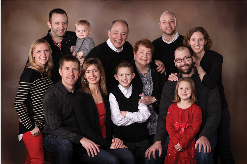 Invite your extended family for a special photograph -