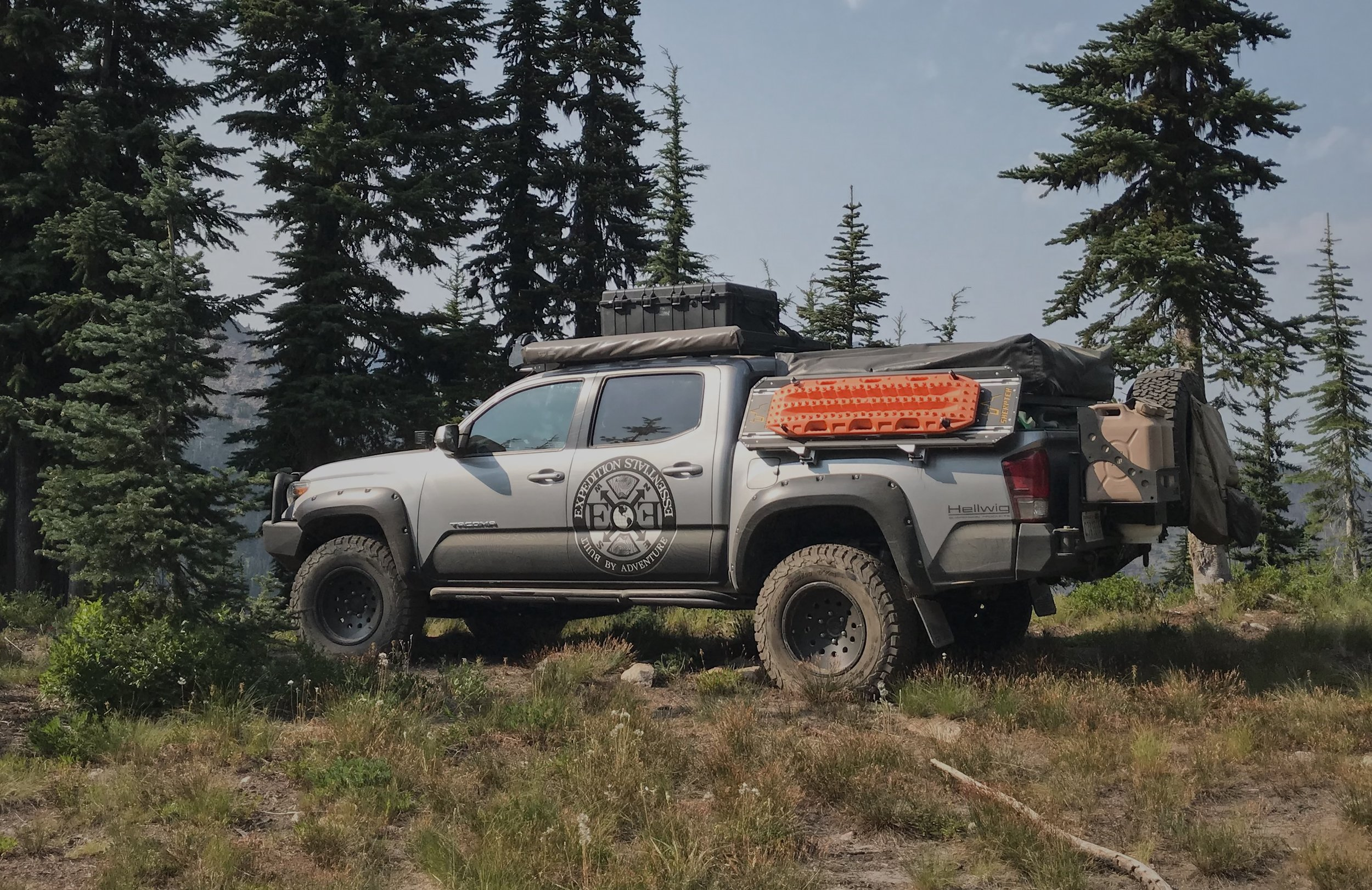 Ultimate gear-hauling solution that mounts to any ladder, rack system and hard surface, including your spare tire, and can carry up to 1,000 pounds of gear and supplies - on Toyota Tacoma