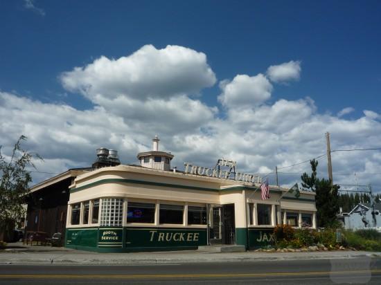 Truckee-downtown-diner-1-550x412.jpg