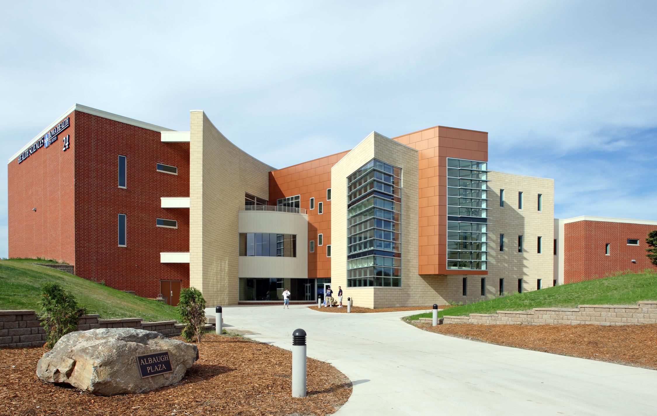 Des Moines Area Community College Health Sciences Building
