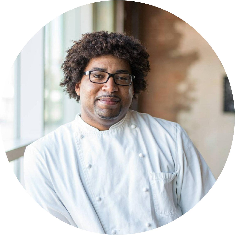 DevourPhoenix-2019-ChefHeadshots-Chefs5.jpg