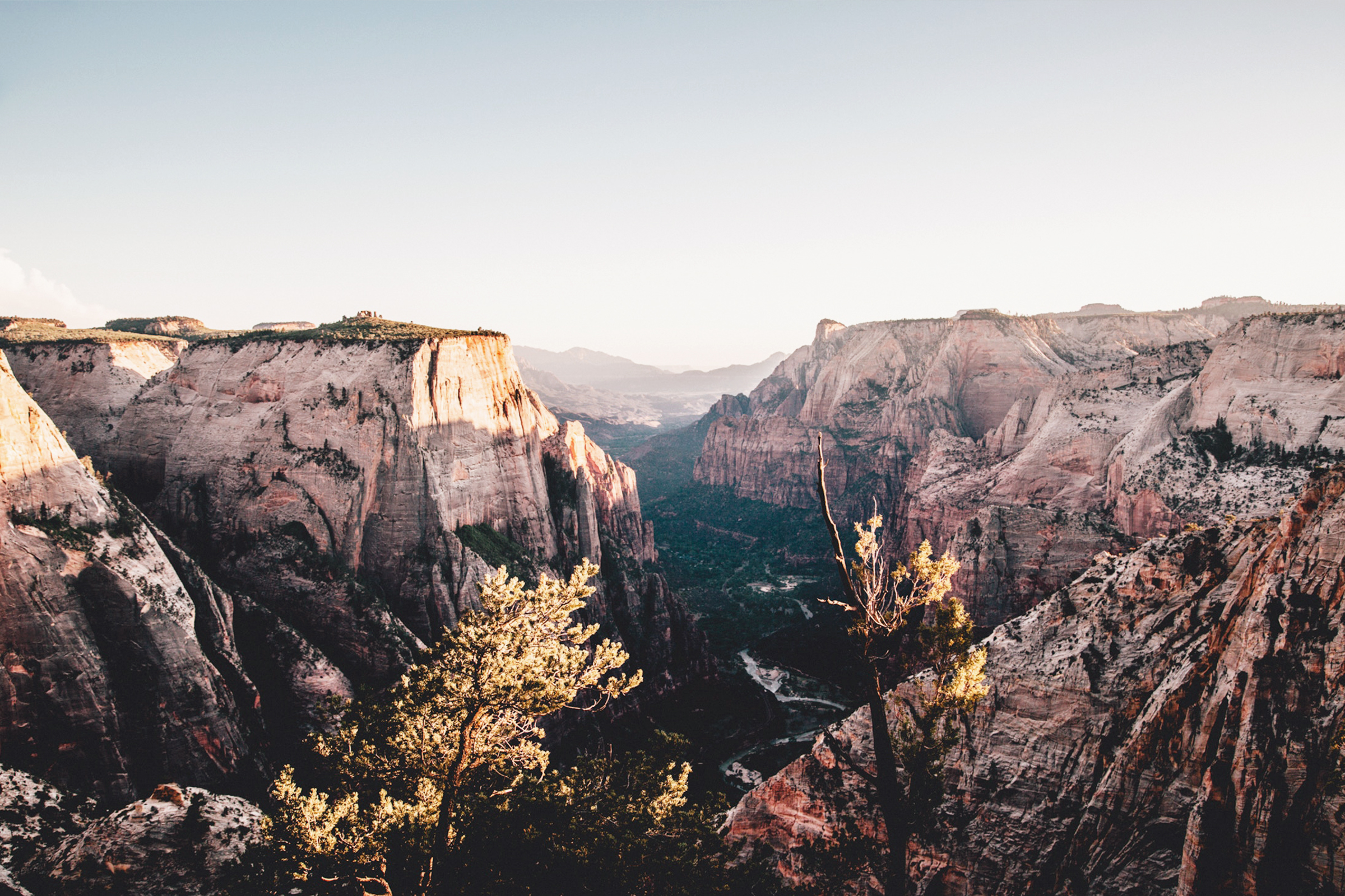 Must Do Road Trips in the US by Studio Ease #roadtrips #vacation #travel #wanderlust roads trips in the US, US road trip planner, best road trip ideas, best scenic road trip ideas in USA