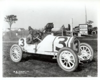 Cal Anderson's Stutz Bearcat at inaugural Indy 500 (www.Trackforum.com)