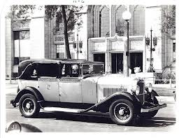 1928 Model K: The first real Checker ( www.coachbuilt.com )