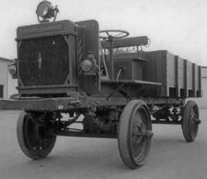 1915 Jeffrey Quad: Precurser to the Jeep (www.offroadvehicle.com)