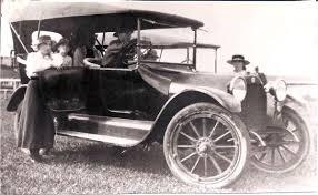 1916 Studebaker ( www.sudebakercarclubnsw.Au)