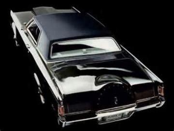 Lincoln Mark III ( www.nototiousluxury.com )