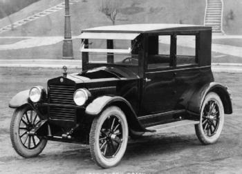 1923 Essex closed Coach (www.momentcar.com)